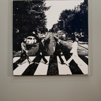 http://nilskarsten.com/files/gimgs/th-13_13_abbey-road-painting.jpg